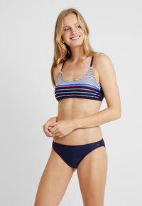 Venice Beach - SET - Bikini - navy stripe - 1