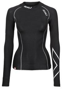 2XU - Langærmede T-shirts - black - 0