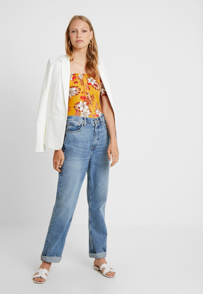 Dorothy Perkins Tall - BUTTON THROUGH MILKMAID TROPICAL - T-Shirt print - ochre