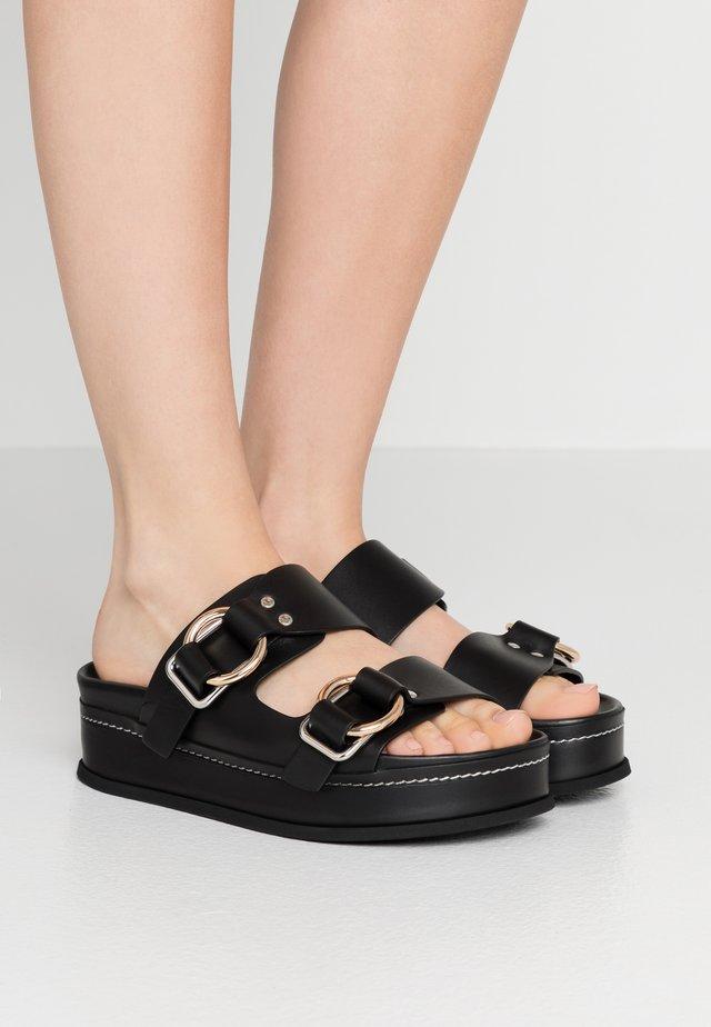 FREIDA PLATFORM DOUBLE BUCKLE SLIDE - Slip-ins - black