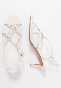 3.1 Phillip Lim - LOUISE STRAPPY RINGS - Riemensandalette - ivory - 3
