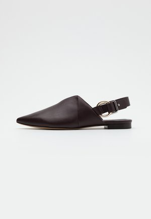 DEANNA  FOLDED POINTY FLAT - Slip-ons - wine