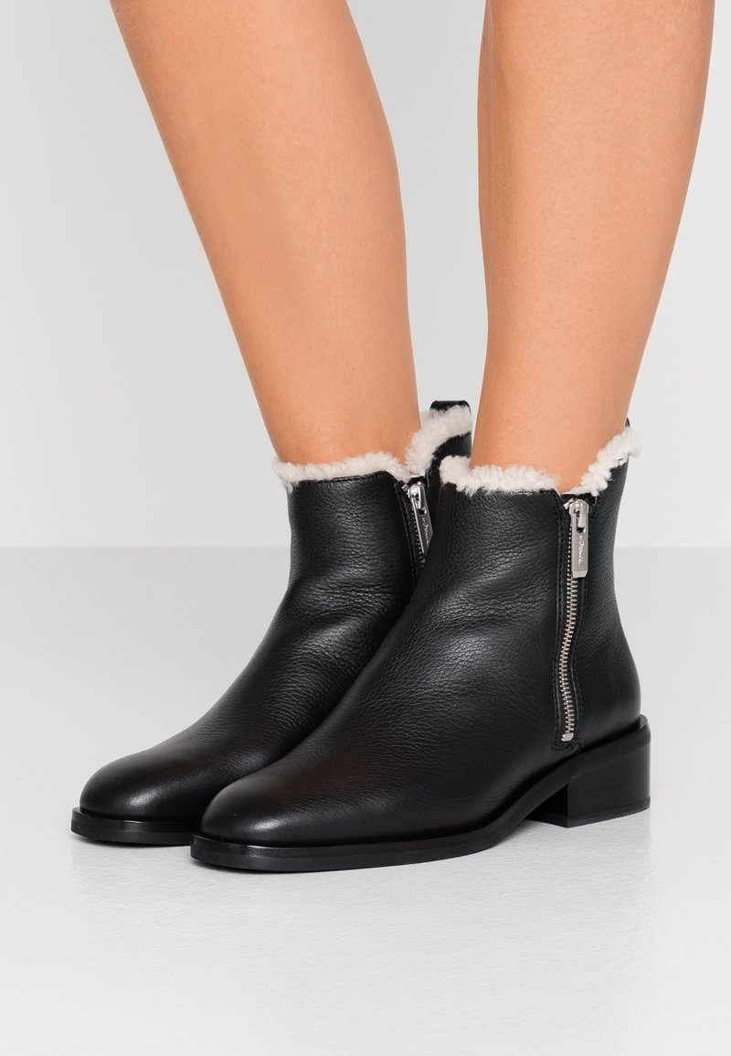 3.1 Phillip Lim - ALEXA BOOT - Kotníkové boty - black