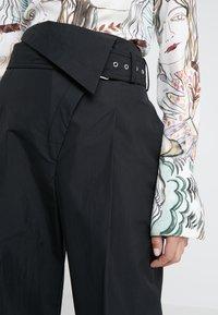 3.1 Phillip Lim - BELTED OVERLAP TROUSER - Trousers - black - 5