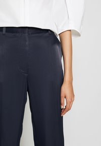 3.1 Phillip Lim - SATIN JOGGER - Trousers - midnight - 6