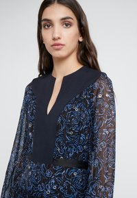 3.1 Phillip Lim - BELTED SHIRRING DRESS - Maxikjole -  multi - 4