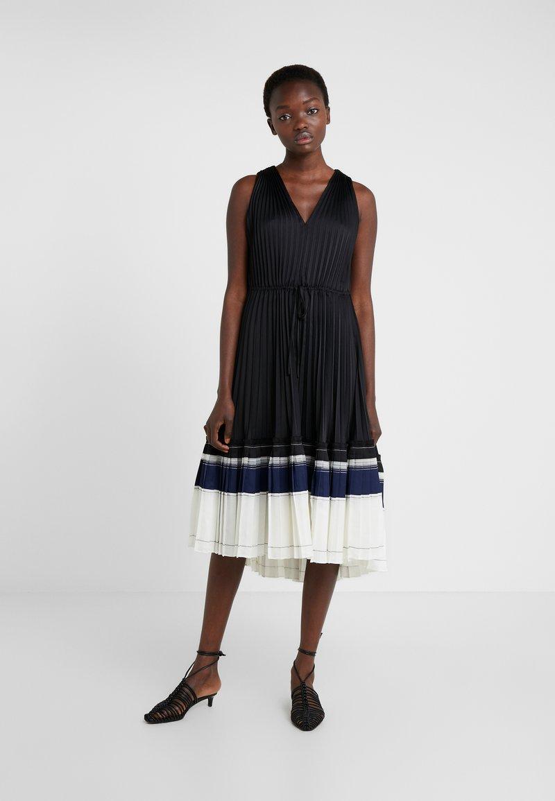 3.1 Phillip Lim - VNECK PLEATED DRESS - Cocktailkleid/festliches Kleid - black