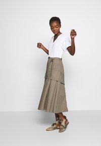 3.1 Phillip Lim - UTILITY DRESS - Denní šaty - white/taupe - 1