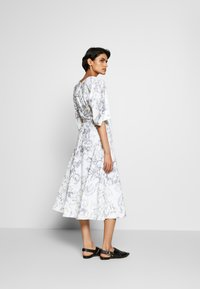 3.1 Phillip Lim - ABSTRACT DAISY BALLOON DRESS - Day dress - white/lavender - 2