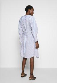 3.1 Phillip Lim - STRIPED OVERLAP DRESS - Day dress - navy/cobalt/white - 2
