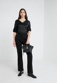 3.1 Phillip Lim - PUFF SLEEVE - Camicetta - black - 1
