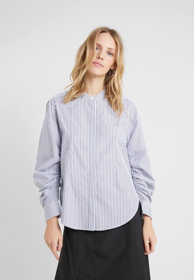 STRIPED SHIRT GATHERED  - Button-down blouse - blue/white