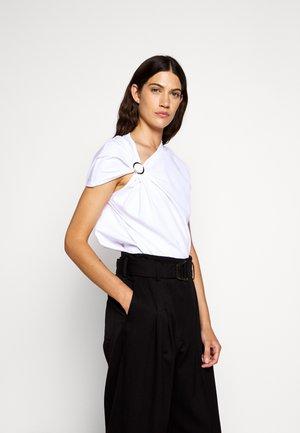 GATHERED TANK RING - T-shirts print - white