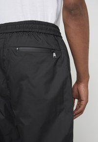 3.1 Phillip Lim - OFFSET ZIPPER TRACK PANT - Kalhoty - black - 8