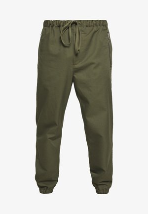 CLASSIC TRACK PANT  - Pantalones - army