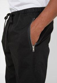 3.1 Phillip Lim - CLASSIC TRACK PANT  - Tygbyxor - black - 3