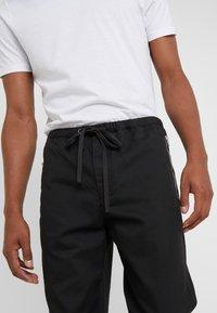 3.1 Phillip Lim - CLASSIC TRACK PANT  - Tygbyxor - black - 5
