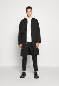3.1 Phillip Lim - CLASSIC SADDLE PANT CROPPED - Pantalon classique - black - 1