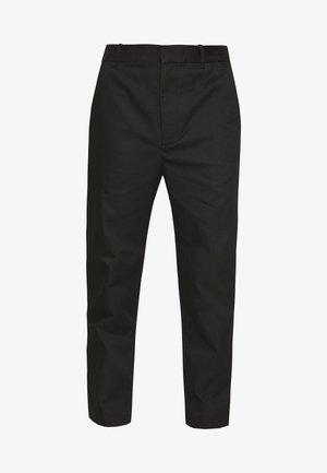 CLASSIC SADDLE PANT CROPPED - Kangashousut - black