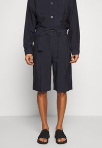3.1 Phillip Lim - DRAWSTRING CARGO - Kraťasy - midnight - 0