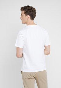 3.1 Phillip Lim - PERFECT TEE - T-shirts - optic white - 2