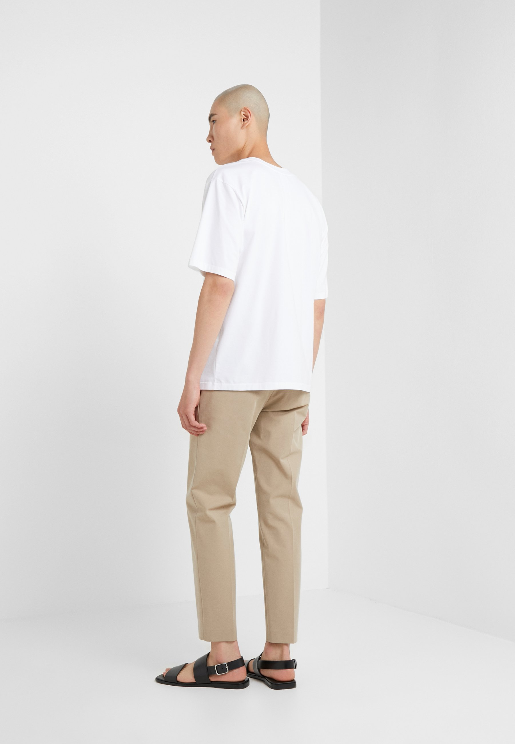 1 Basique 3 TeeT Lim Boxy Vneck shirt Oversized Optic White Phillip FK1lJc