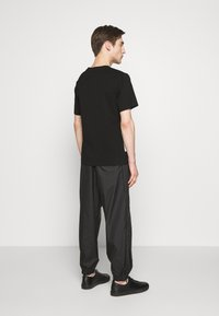 3.1 Phillip Lim - POSTCARD PERFECT TEE - T-shirt imprimé - black - 2