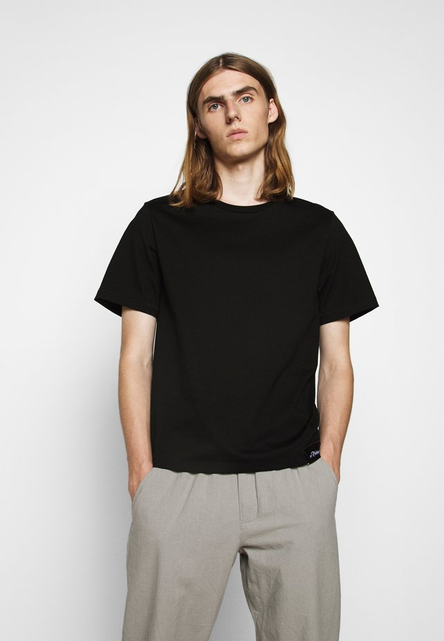 PERFECT TEE - T-paita - black