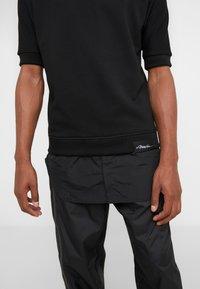 3.1 Phillip Lim - POPLIN - T-shirt med print - black - 3