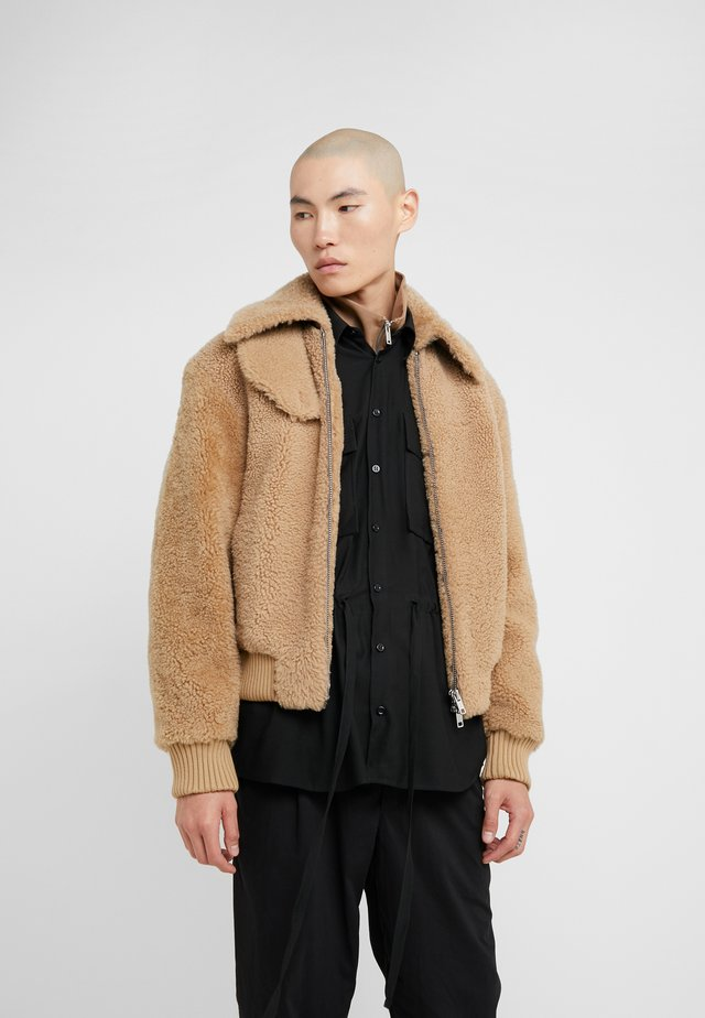 BOMBER JACKET - Leather jacket - natural