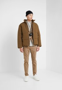 3.1 Phillip Lim - PUFFER COAT - Giacca invernale - tobacco - 1