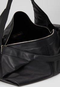 3.1 Phillip Lim - LUNA MEDIUM SLOUCHY  - Tote bag - black - 4