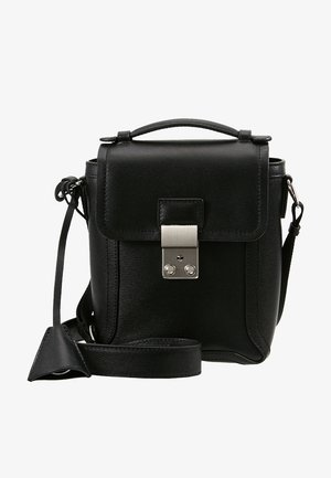 PASHLI CAMERA BAG - Across body bag - black