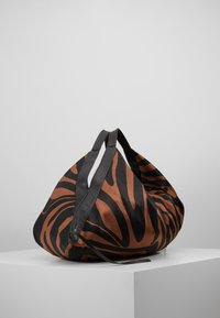 3.1 Phillip Lim - LUNA LARGE ZEBRA - Cabas - black/ multi - 3