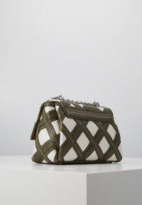3.1 Phillip Lim - ALIX SOFT CHAIN CUTOUT - Across body bag - military multi - 3