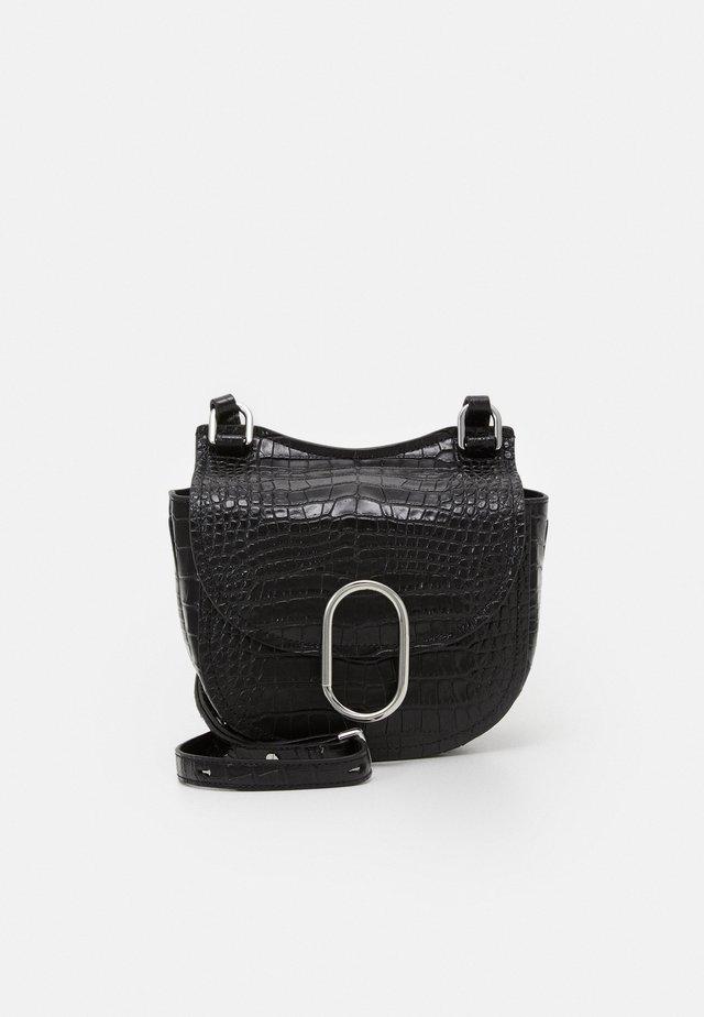 ALIX MINI HUNTER - Across body bag - black