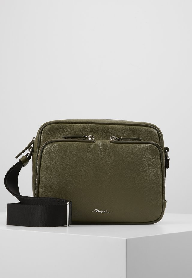 DIEGO CAMERA BAG - Across body bag - military