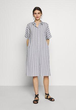 Košilové šaty - weiß/schwarz