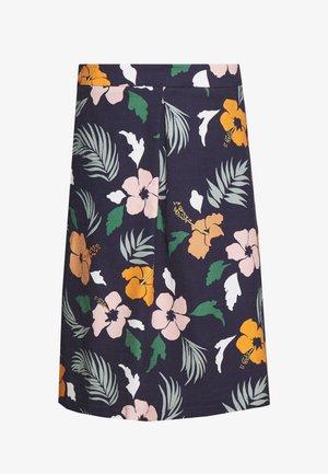 Áčková sukně - navy blazer