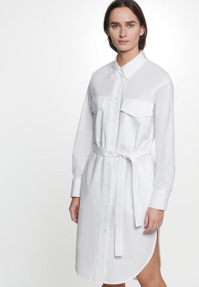 Sukienka koszulowa - weiß