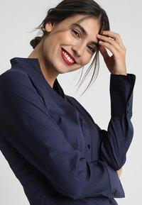 Seidensticker - Button-down blouse - dark blue - 3