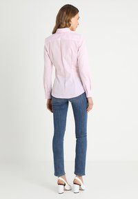 Seidensticker - SCHWARZE ROSE - Overhemdblouse - rosa - 2