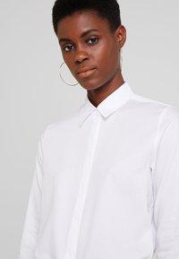 Seidensticker - WASHER FASHION - Camicia - optical white - 3