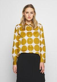 Seidensticker - REGULAR FIT - Button-down blouse - golden palm - 0