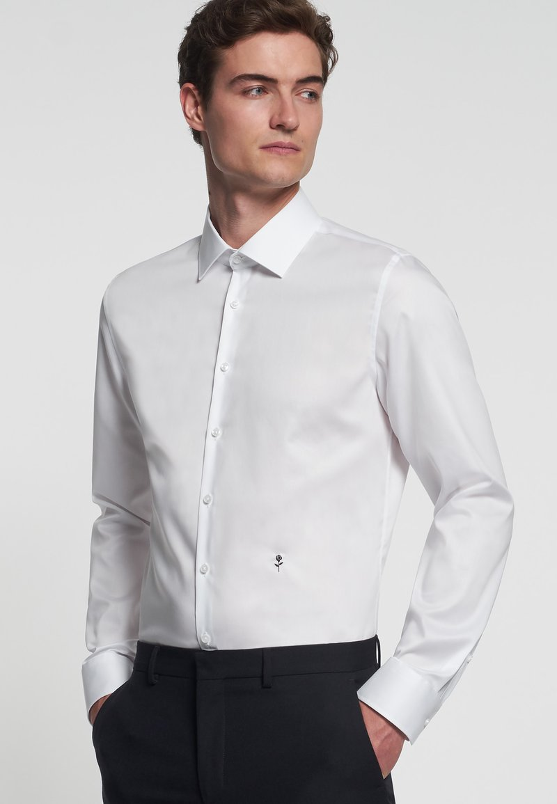 Seidensticker - SUPER SLIM FIT  - Formal shirt - weiß