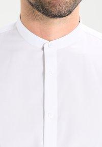Seidensticker - MANDARIN TAPE SLIM FIT - Shirt - weiß - 3