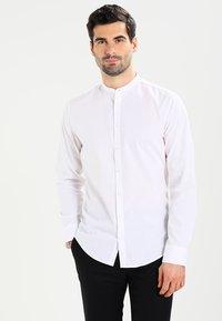 Seidensticker - MANDARIN TAPE SLIM FIT - Shirt - weiß - 0