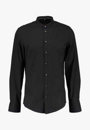MANDARIN TAPE SLIM FIT - Skjorta - schwarz