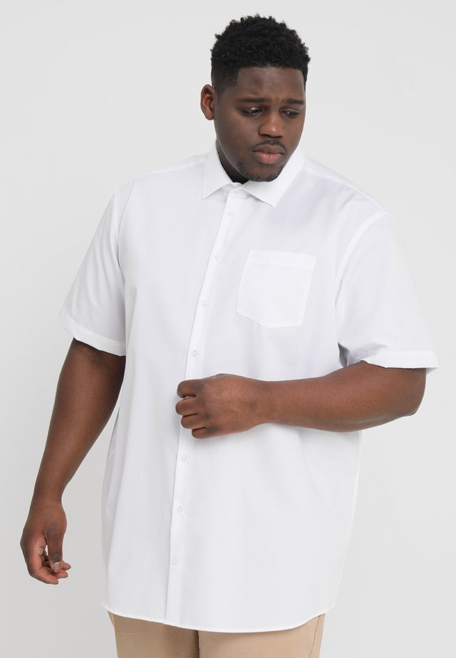 COMFORT FIT KENT - Formal shirt - white