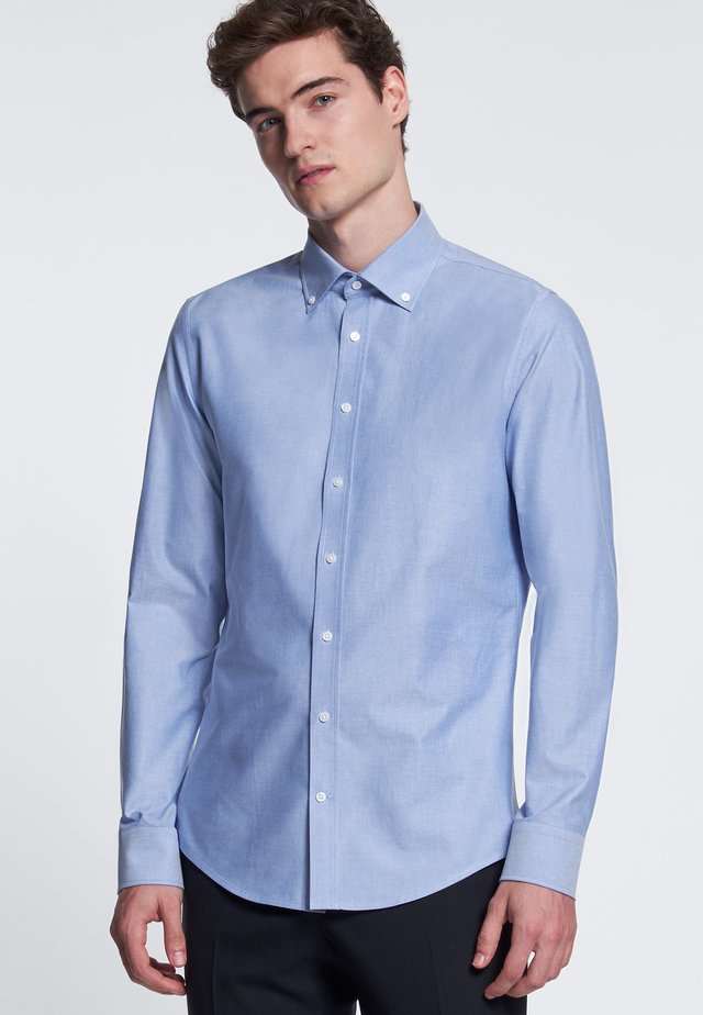 SLIM FIT - Skjorta - light blue